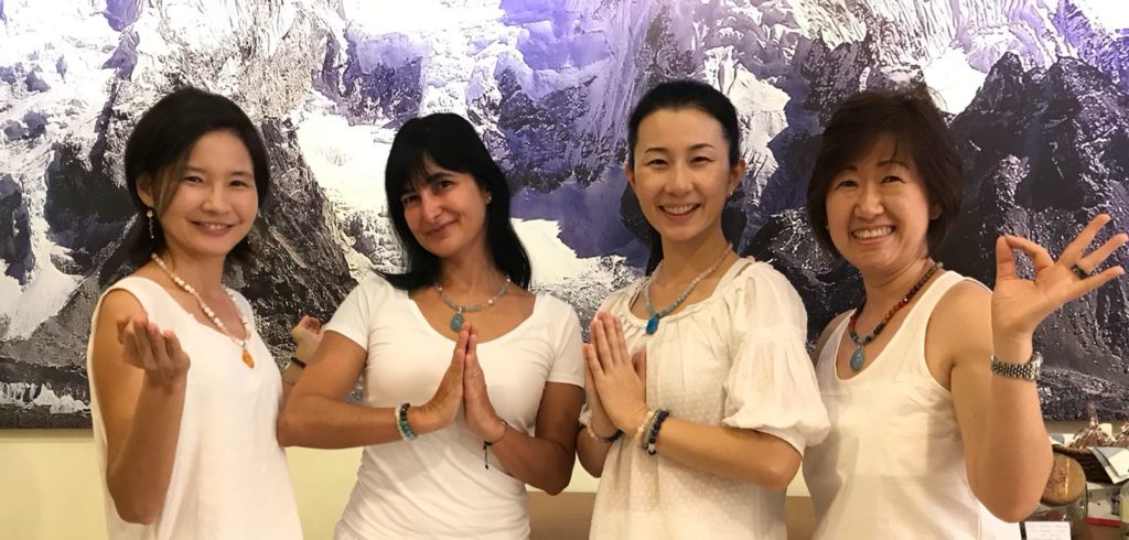 Kundalini Yoga , 1HR Long Ek Ong Kar – ONE Heart Singapore